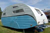 Pictures and history of rare Masterbilt travel trailers
