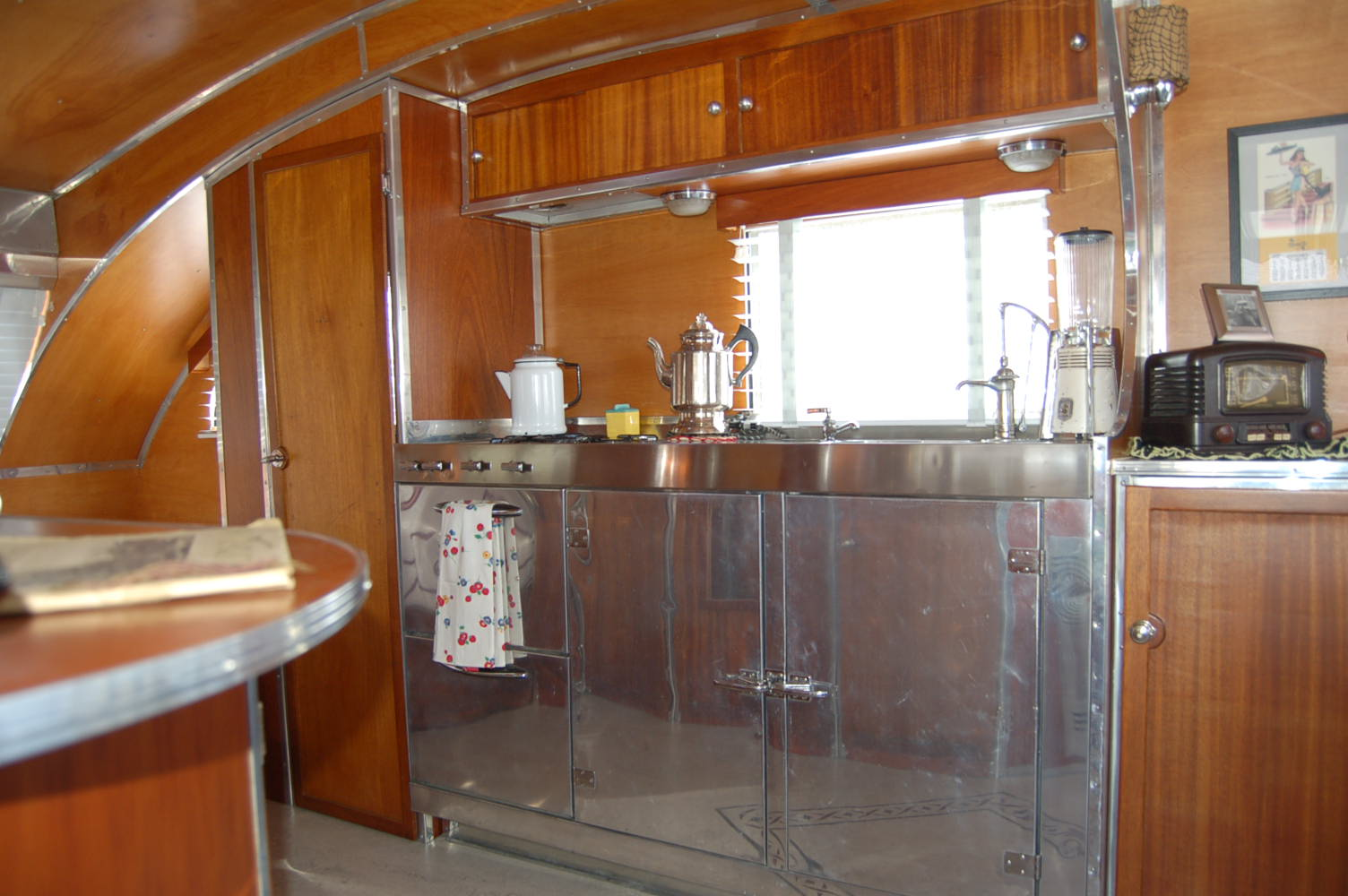 Designer Factory Kitchens Vintage Trailer Interiors From The 1940 S From Oldtrailer Com