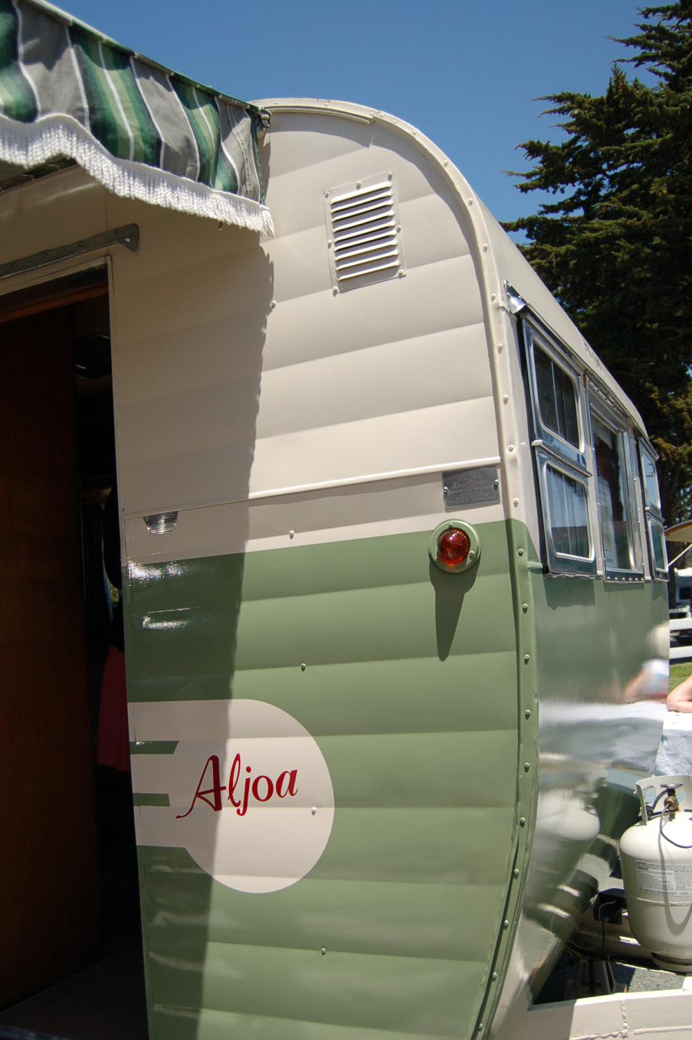 Sportsman trailer travel vintage