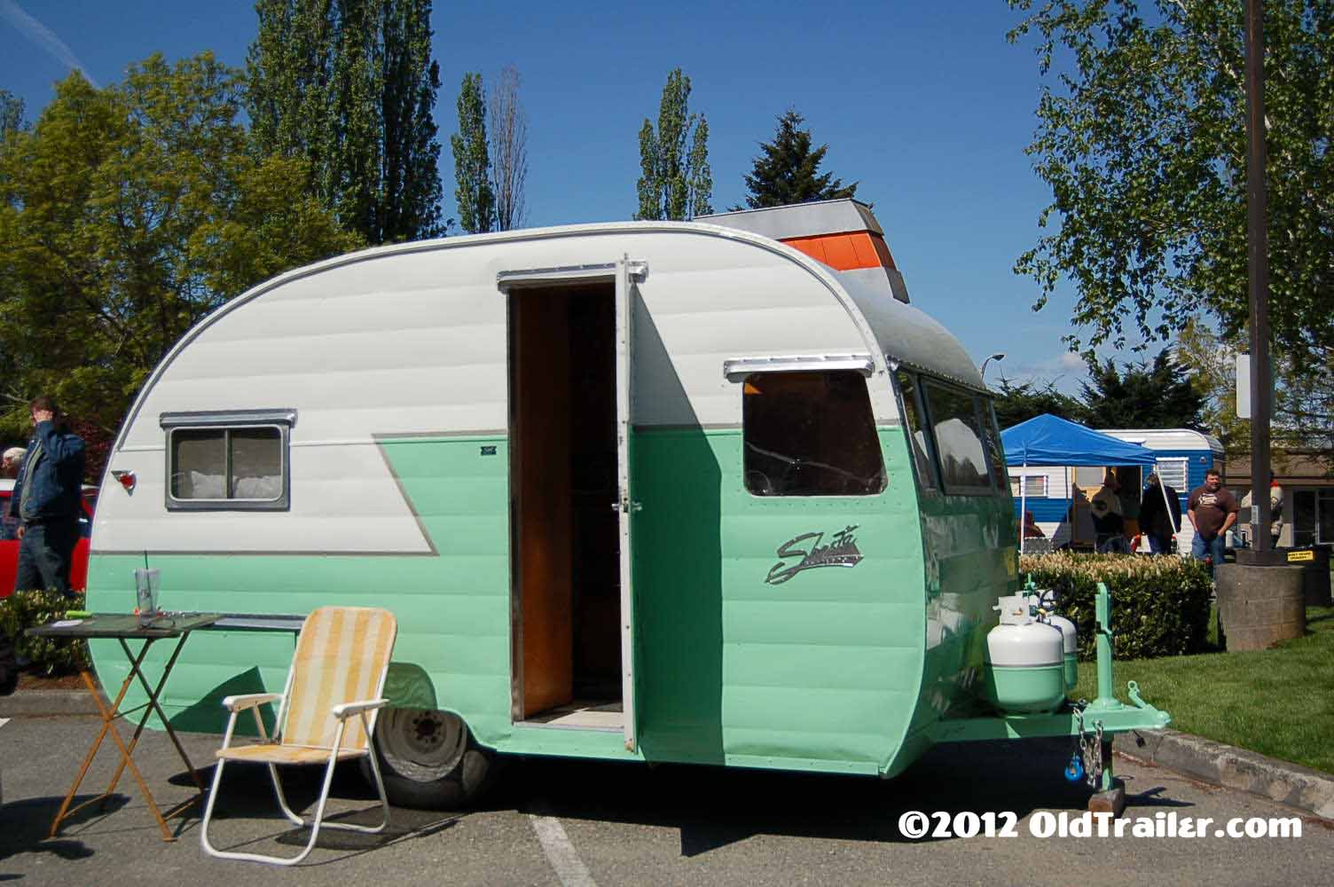 1956 shasta trailer502 vintage shasta trailer pictures and history, from oldtrailer com Shasta 16 Rust at reclaimingppi.co