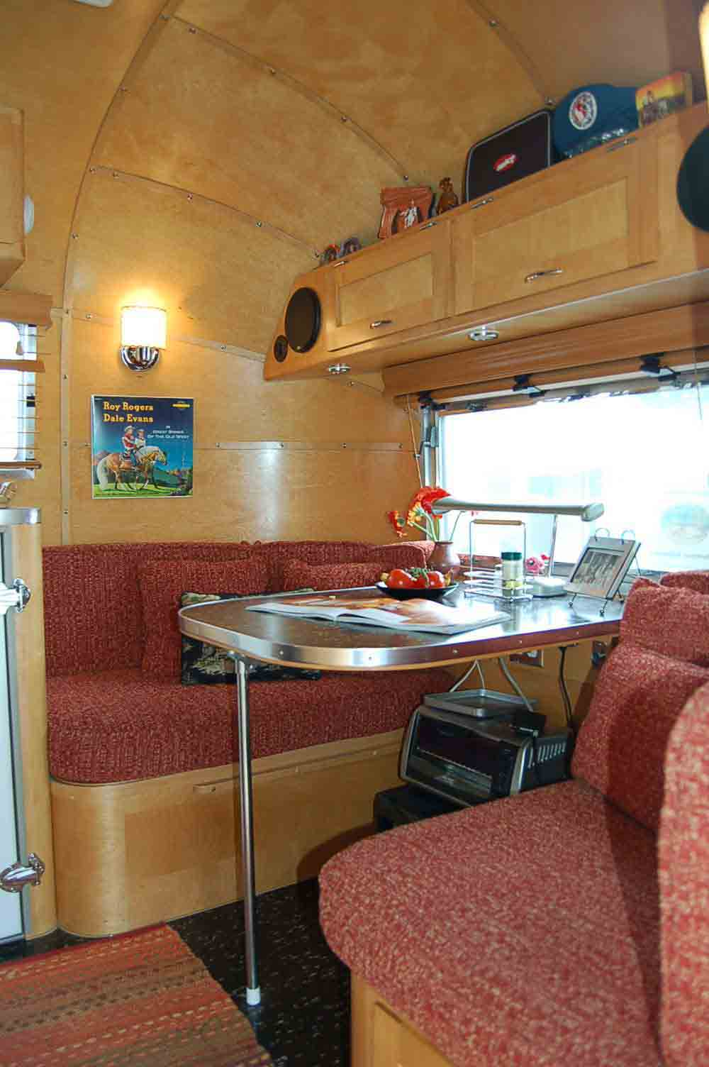 Photo Shows 1961 Airstream Globetrotter Dining Table And Bench Seats