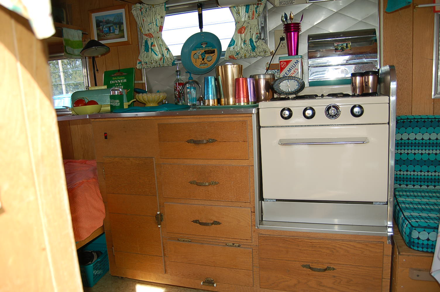 Picture Shows Restored Oven And Kitchen Countertop Cabinet In Vintage 1965  Aloha Trailer. 1965 Aloha Travel Trailer