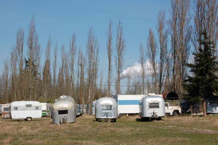 Vintage trailer junk-yard has a selection of vintage trailers avaliable for restoration